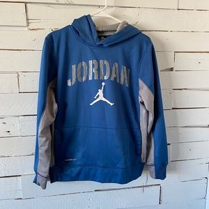 Jordan Therma Fit Boys Pullover Hoodie. Size Xl